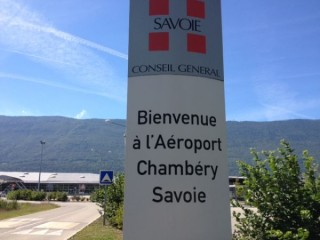 Schedule shuttle from Chambéry airport